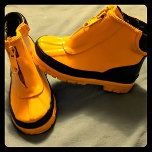 Other - Boys rubber rain boots